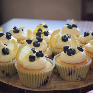 Lemon-Blueberry-Cupcakes-1