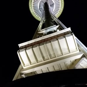 Seattle-Space-Needle-at-night-Aug-2015